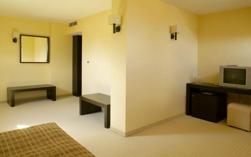 Gardenia Park Hotel מלון גרדניה פארק בנסקו