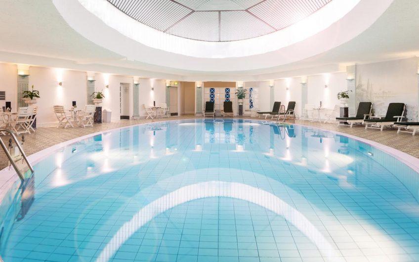 מלון בריסטול ברלין  Hotel Bristol Berlin